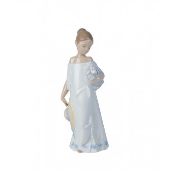 STATUINA INSIEME IN CAMPAGNA NAO